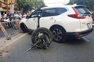 Xe Honda, Lexus cùng gãy trục, rời bánh sau va chạm tại Việt Nam