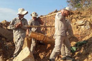 Lại phát hiện bom ở diện tích 'đất sạch' tại cửa khẩu Lao Bảo