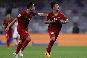 Quang Hải thắng áp đảo hai giải bình chọn ở vòng bảng Asian Cup 2019