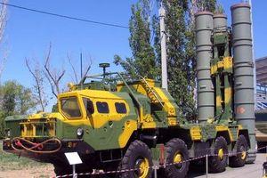 Bị Israel không kích công khai, tại sao Syria không dùng S-300?
