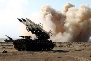 Choáng với dàn tên lửa nằm trong tay phòng không Syria
