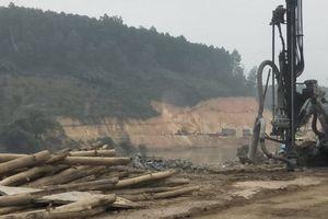 Khai thác cát tại Dự án Thủy điện sông Lô 8A: UBND tỉnh Tuyên Quang xử phạt rồi...cấp phép?
