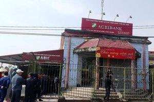 Thái Bình: Bị truy cản, nghi can cướp ngân hàng dùng dao tấn công trưởng thôn