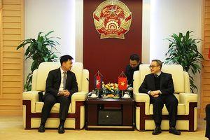 Việt Nam sẵn sàng chia sẻ kinh nghiệm phát triển lĩnh vực ITC với Campuchia