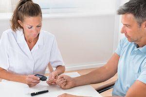 Phương pháp xét nghiệm máu giúp chuẩn đoán bệnh Alzheimer sớm 16 năm