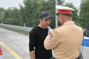 Bất ngờ kiểm tra tài xế 'dính' ma túy trên cao tốc Hà Nội - Hải Phòng