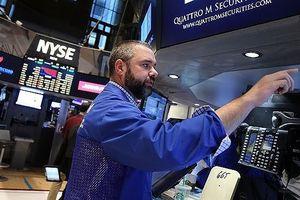 Giới đầu tư lo sợ trước triển vọng u ám của kinh tế thế giới