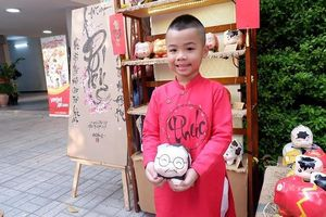 Những chú heo đất mang hình ảnh đội bóng đá Việt Nam