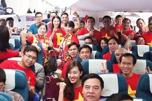 Hàng trăm CĐV bay sang Dubai cổ vũ đội tuyển Việt Nam trong trận tứ kết Asian Cup 2019