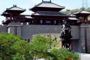 Huyện nghèo Trung Quốc hứng 'gạch đá' chỉ trích vì xây cổng chào triệu đô