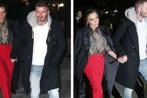 Vợ chồng Beckham tay trong tay trên phố đập tan tin đồn rạn nứt tình cảm