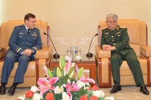 Thúc đẩy quan hệ quốc phòng Việt Nam - Canada