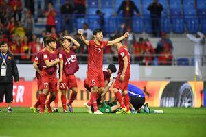 BLV Quang Huy: 'Hãy tự hào vì chúng ta là số 1 Đông Nam Á'