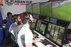 Công nghệ V.A.R mà đội tuyển Việt Nam sắp lần đầu được trải nghiệm ra đời như thế nào?