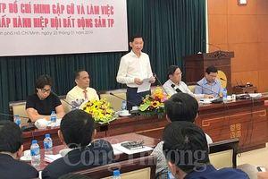 TP. Hồ Chí Minh quyết liệt 'gỡ khó' cho doanh nghiệp bất động sản