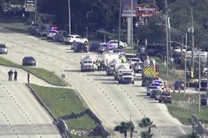 Nghi phạm xả súng rồi gọi điện thông báo cho cảnh sát tại Florida (Mỹ)