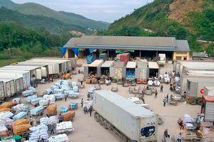 Hàng hóa xuất khẩu chính ngạch sang thị trường Trung Quốc: Doanh nghiệp phải nâng cao chất lượng