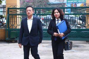 Vụ án chạy thận Hòa Bình: Hai bị đơn đòi tiền nhau tại tòa?
