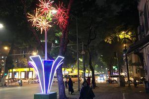 Thủ đô trang hoàng đón Tết: Ánh sáng gợi nét thanh lịch
