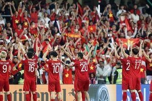 Tuyển Việt Nam dừng bước Asian Cup: 'Trong mắt tui đội tuyển là ngài hùng'