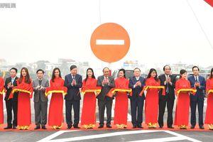 Thủ tướng Nguyễn Xuân Phúc phát lệnh thông tuyến nối hai cao tốc quan trọng