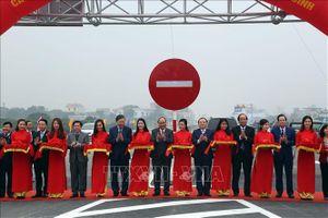 Thủ tướng phát lệnh thông xe, khánh thành cầu Hưng Hà và tuyến đường nối hai cao tốc