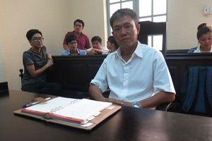 Tranh luận gay gắt tại phiên tòa tranh chấp tác quyền Thần đồng đất Việt