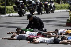 Nổ tại nhà thờ ở Philippines, hơn 100 người thương vong