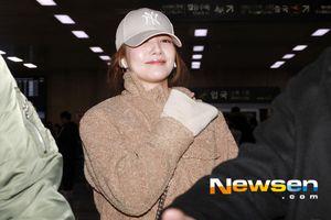 Sao Hàn tại sân bay: Joo Ji Hoon bảnh trai, K-net khen vẻ đẹp của Seohyun, Park Min Young và Oh Yeon Seo