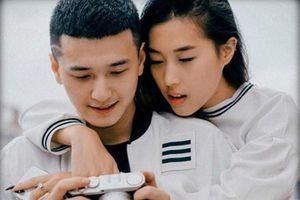 Bạn gái về nước nghỉ Tết, hotboy Huỳnh Anh khoe ảnh ngọt ngào