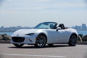 XE HOT QUA ẢNH (28/1): Những mẫu ôtô được 'săn lùng' nhiều nhất tại VN, chi tiết hatchback giá hơn 100 triệu của Suzuki
