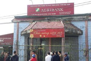 Khởi tố đối tượng mang dao xông vào cướp ngân hàng ở Thái Bình