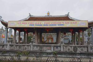 Xung quanh việc đặt biển chỉ dẫn sai tên di tích tại Phủ Dầy: Sở VHTTDL Nam Định tiếp tục yêu cầu tháo dỡ