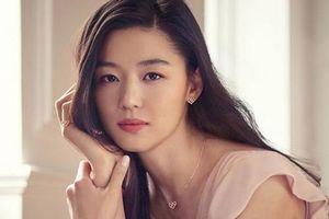 Jang Na Ra trẻ dai nhất Hàn Quốc nhờ đấm vào mặt mỗi ngày