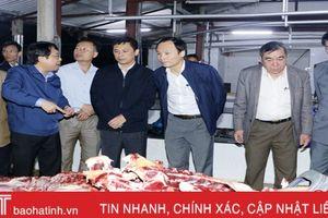 3 giờ sáng, lãnh đạo Hà Tĩnh 'vi hành' kiểm tra vệ sinh thực phẩm tại lò mổ