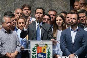 Sputnik: Phe đối lập Venezuela không ủng hộ Mỹ can thiệp quân sự