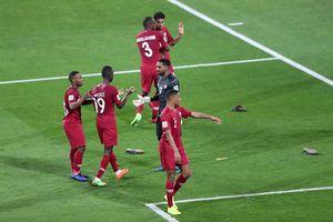 Asian Cup: CĐV ném giày dép vào đối thủ, chủ nhà UAE đối mặt án phạt nặng