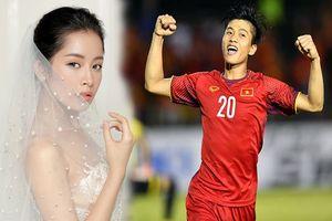 Showbiz 1/2: Chi Pu được cầu thủ Phan Văn Đức cầu hôn?