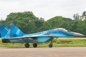 Lục quân và không quân Myanmar tiến hành tập trận chung