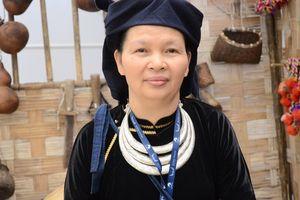 Người phụ nữ với tâm huyết gìn giữ giá trị văn hóa Tày