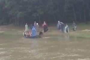 NÓNG: Bắt giữ 'yêu râu xanh' ném xác cô gái trẻ xuống sông phi tang