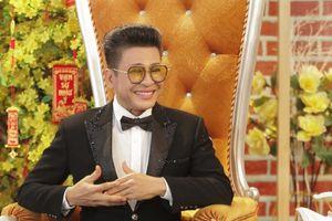 MC Thanh Bạch hát chúc Tết khán giả ở Tình Ca Bất Hủ