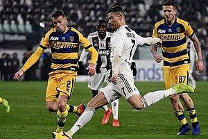 Ronaldo có màn trình diễn chói sáng, Juventus vẫn không thế thắng Parma