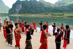 Quảng Bình: Lễ mở cửa rừng của người Khùa