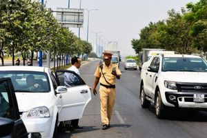 Những lỗi dễ bị CSGT phạt dịp Tết lái xe cần chú ý