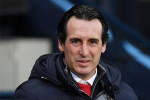 HLV Unai Emery méo mặt vì Arsenal lại hà tiện