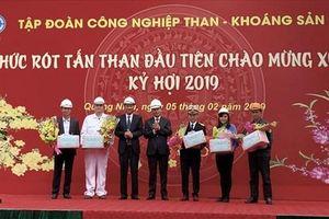 Mùng 1 Tết, Tập đoàn Than – Khoáng sản VN bán hơn 4 vạn tấn than