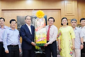 Bí thư Thành ủy TPHCM Nguyễn Thiện Nhân: Báo SGGP góp phần vào sự tăng tốc của TPHCM