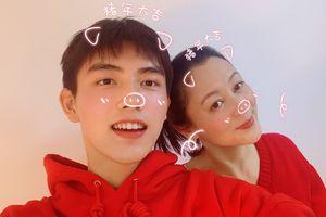 Mồng Một Tết Kỷ Hợi: Angelababy đạt 100 triệu fan Weibo, sao Hoa ngữ khoe ảnh đầu năm