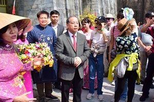 Thừa Thiên – Huế đón đoàn khách quốc tế 'xông đất' đầu năm mới